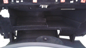 Sportello cassetto portaogg. A.R. 159 dal '05 al '13 sw