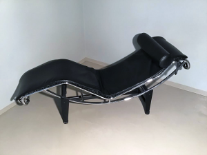 CHAISE LONGUE STILE Le Corbusier