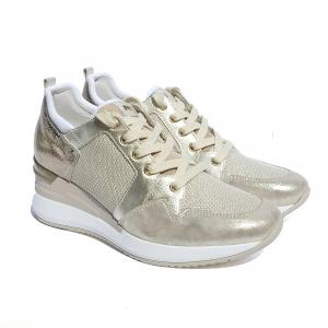 Sneaker crema con zeppa Nero Giardini