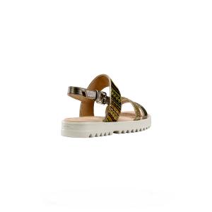 J Coralie sandalo