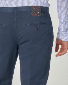 Pantalone chino blu in cotone e lino