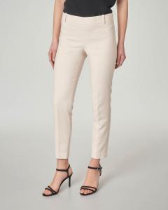Pantalone color crema in cady lunghezza alla caviglia