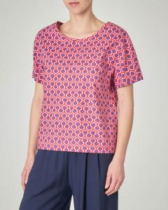Blusa a fantasia geometrice bluette e rosso con scollo a V sulla schiena