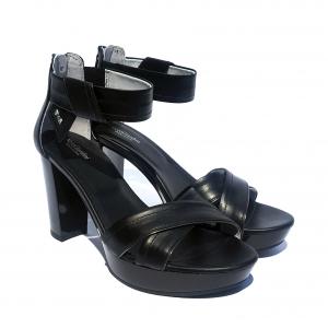 Sandalo nero incrociato Nero Giardini
