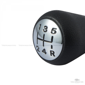 Pomello Leva Cambio Auto 5 Marce E Retromarcia Per Autovetture Nero E Argento Con Rifiniture Chrome Antipolvere