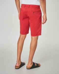 Bermuda chino rosso in gabardina stretch