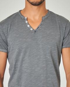 T-shirt serafino grigia tessuto slub