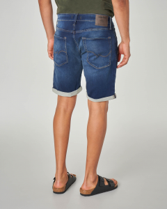 Bermuda in denim scuro super elasticizzato