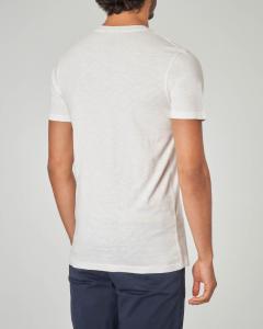 T-shirt bianca con stampa e taschino
