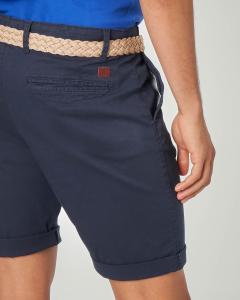 Bermuda chino blu con cintura in corda intrecciata