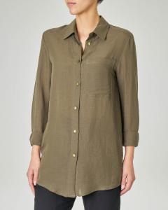 Camicia verde militare in viscosa misto lino con taschino