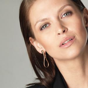 Elika Earrings in rose gold 5 cm
