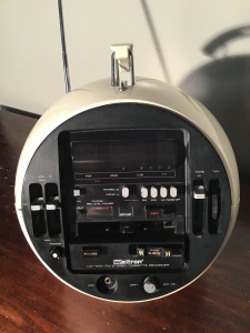 WELTRON 2004 SPACE BALL RADIO