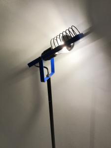 LAMPADA DA TERRA SINTESI BY GISMONDI PER ARTEMIDE PROFILO BLU