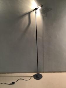 LAMPADA DA TERRA SINTESI BY GISMONDI PER ARTEMIDE