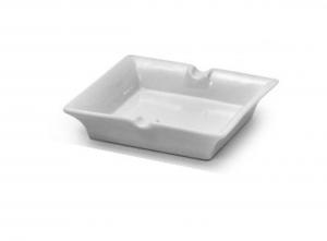 Posacenere quadrato in porcellana bianca cm.14,5x14,5x2,5h