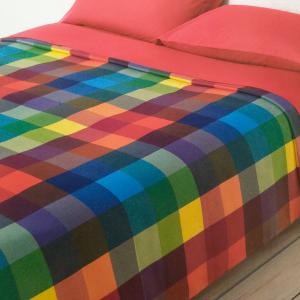 Red cotton VALLESUSA WILSON queen size bedspread