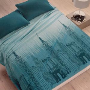 Quadratische Bettdecke aus Baumwolle VALLESUSA SKYLINE türkis