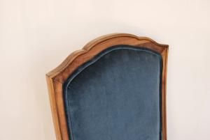 Sedia vintage in velluto bleu