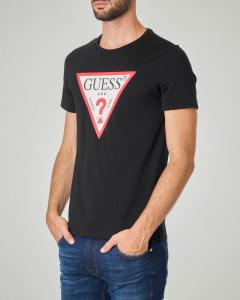 T-shirt nera con logo triangolo istituzionale