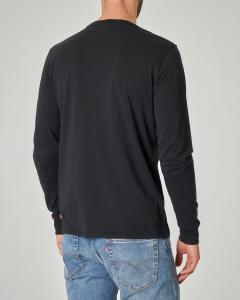 T-shirt nera manica lunga con logo batwing