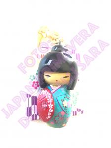 Portachiavi Kokeshi Azzurra con ombrello viola