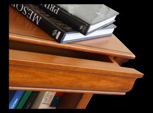 Libreria Luigi Filippo con cassetti