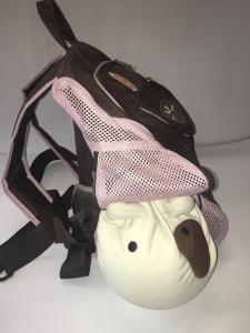 United Pets Zaino in nylon e rete colore cioccolato e rosa con spallacci inbottiti e diverse finestrelle a cerniera 40x22x30 cm