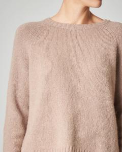 Maglia girocollo color cammello in maglia rasata misto alpaca