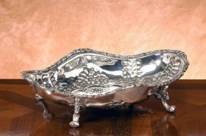 Jatte centrotavola fruttiera ovale in sheffield stile cesellato cm.30x22x7h