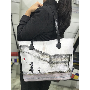 Merinda Art Line Woman bag with strap