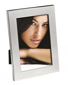Cornice portafoto liscia in silver plated cm.1,1x13,2x18,2h