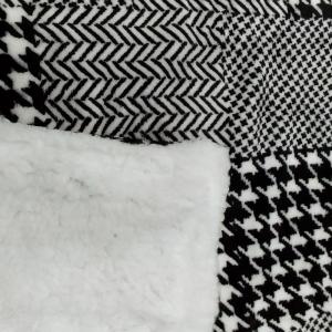 Plaid effetto agnellato Central Park bianco e nero pied de poule 130x160