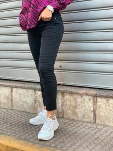 Jeans skinny nero donna Kontatto M e L