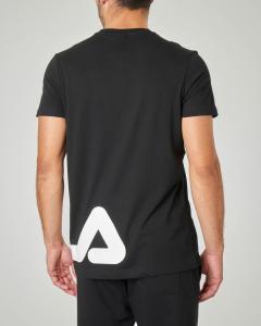 T-shirt nera mezza manica con logo sul fianco
