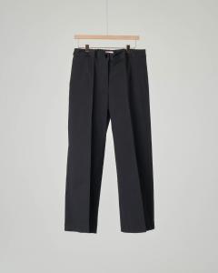 Pantaloni neri ampi
