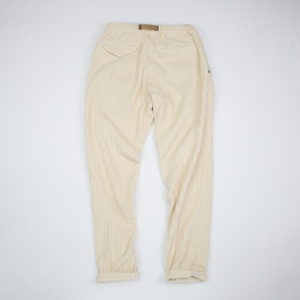Pantalone in velluto a coste larghe