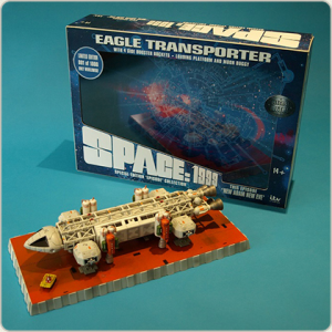 Astronave: SPACE 1999 EAGLE Transporter