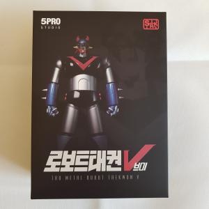 Korean Robot: TAEKWON V Metallic Color by 5Pro Studio