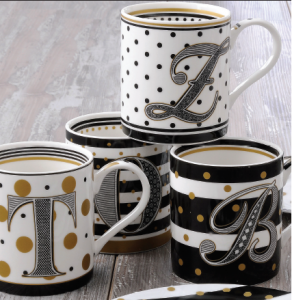 EASY LIFE MUG IN PORCELLANA IN SCATOLA REGALO LETTERA