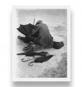 Ombrellaio, 1947