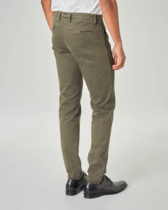 Pantalone chino verde militare in tricotina di cotone