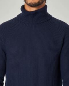 Dolcevita blu a coste in lana merino finezza 7