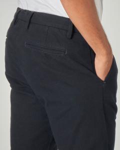 Pantalone chino blu micro-armatura