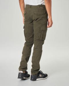 Pantalone tasconato verde militare