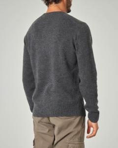 Maglia girocollo grigio antracite in lana sulla finezza 7