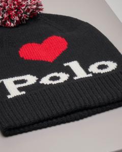 Berretto nero in misto lana con pon pon e cuore jacquard rosso
