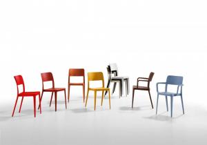 Nenè sedia impilabile per interno ed esterno