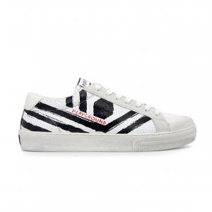 Sneaker bianca Moa