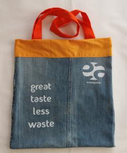 Shopping bag jeans con rifiniture arancioni